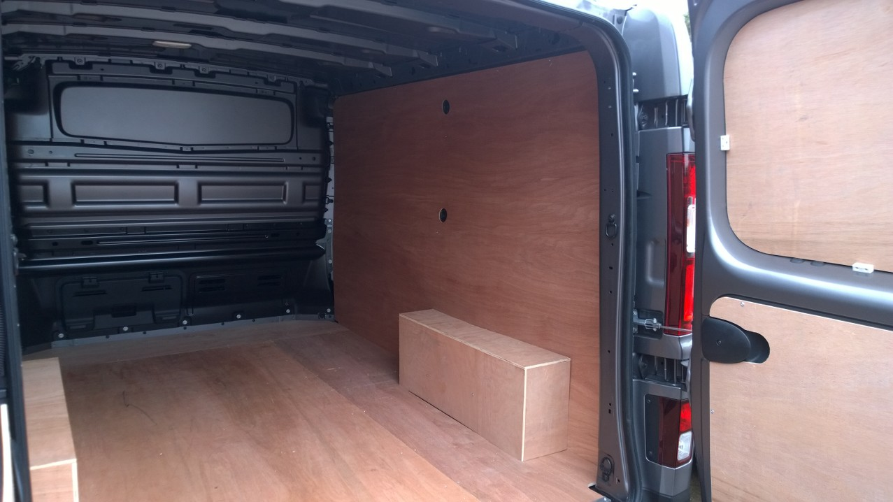 2014 On New Shape Swb Renault Trafic Vauxhall Vivaro